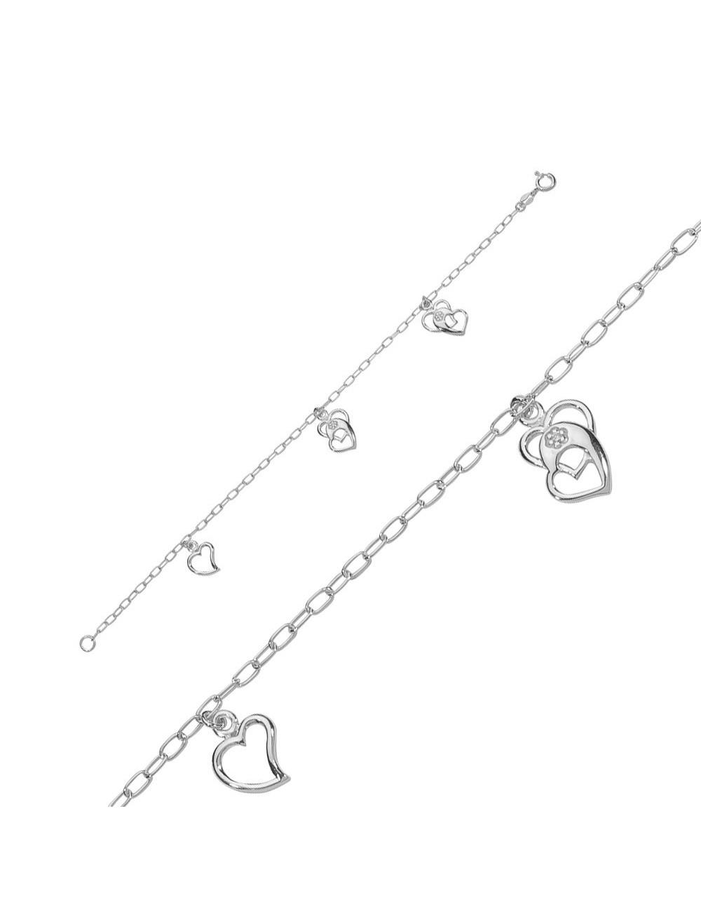 bracelet avec des coeurs