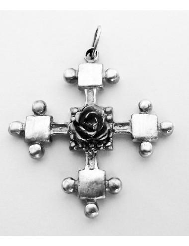 Pendentif rose croix en argent