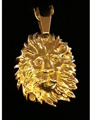 Pendentif tête de lion en or