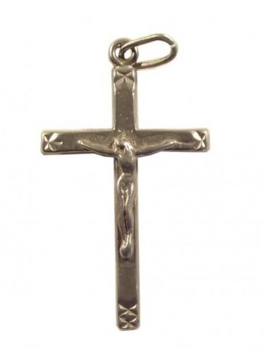 Pendentif christ ciselé